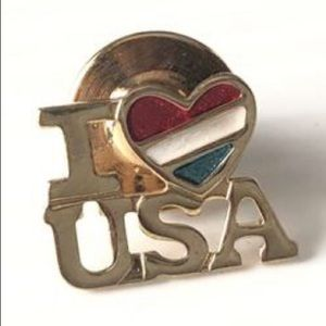 🌸Vintage Avon Pin USA Pinback American Love